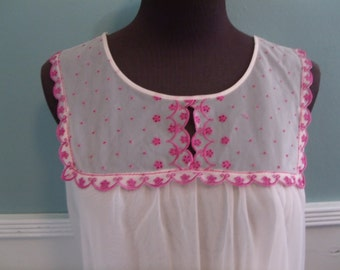 Vintage 60's Pale Pink Nighty. Babydoll Nighty. Valley Of The Dolls. Union Made