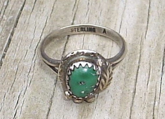 Sterling Silver Green Turquoise Native American Ring
