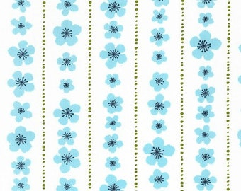 SALE - Organic Cotton Turquoise Small Daisy from Pick a Bunch  by Nancy Mims for Robert Kaufman Half Yard