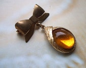 Vintage Gold Bow With Amber Drop Pin Brooch