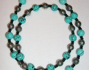 R022 Turquoise and Black Necklace