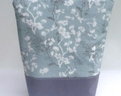 Insulated Lunch Bag Tote - Zip - Gray Blossoms by BonTons on etsy