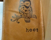 iphone ipod case leather simple sleeve handprinted sleepy owl hoot