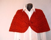 Elegant red capelet, knitting, with crocheted flower as button, 100% wool, very warm