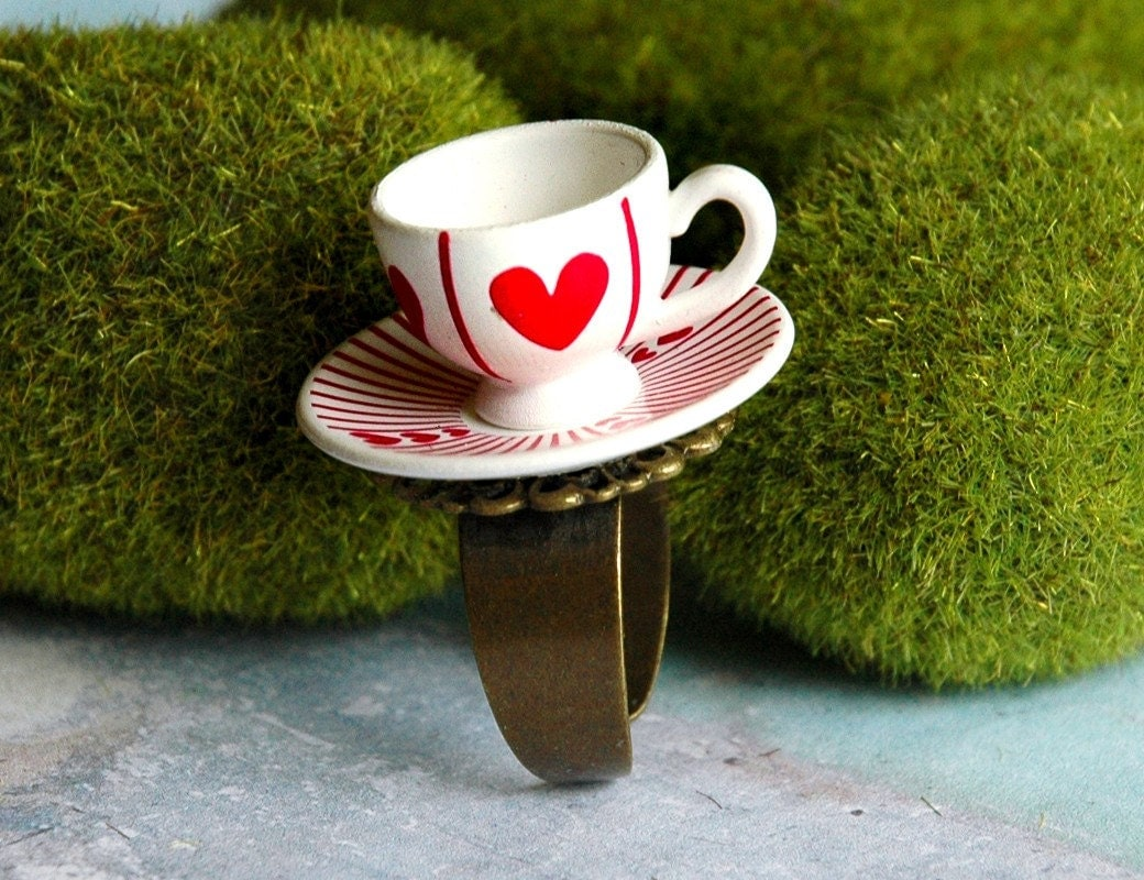 Teacup Ring Alice in Wonderland Queen of Hearts by ... Green Tea Leaves