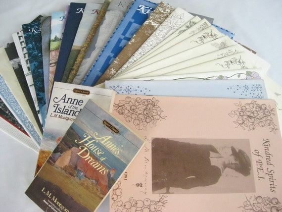 PICCALILLI PAST - Lots of Lucy Maud Montgomery Goodness - 28 Issues of Kindred Spirits and 2 Anne Books