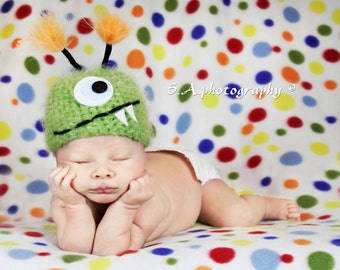 Baby Hat, Newborn Baby Hat, Baby Photo Prop, Green Monster Newborn Baby Hat, Photography Prop