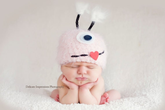 Baby Hat, Monster Hat, Pink Monster Hat, Newborn Baby Hat, Newborn Photo Prop, Photography Prop