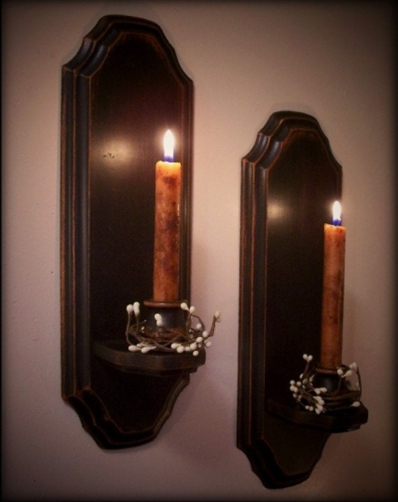 Vintage Colonial Candle Sconce Pair Wooden Wall Decor by Sawdusty