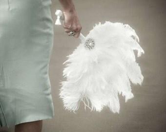 Vintage White Bridal Fan Great Gatsby Roaring 20s