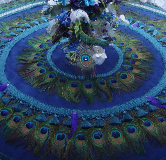 Feather wedding tablecloth and peacock feather christmas tree skirt