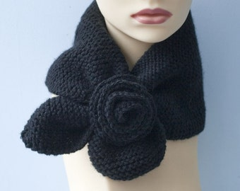 Stay in  Place Scarf, Keyhole Self Tying Scarf with Flower,  Black Neck Warmer,Wool