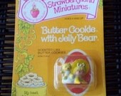 Vintage Strawberry Shortcake Figure - Butter Cookie with Jelly Bear