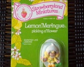 Vintage Strawberry Shortcake Figure - Lemon Meringue Picking a Flower