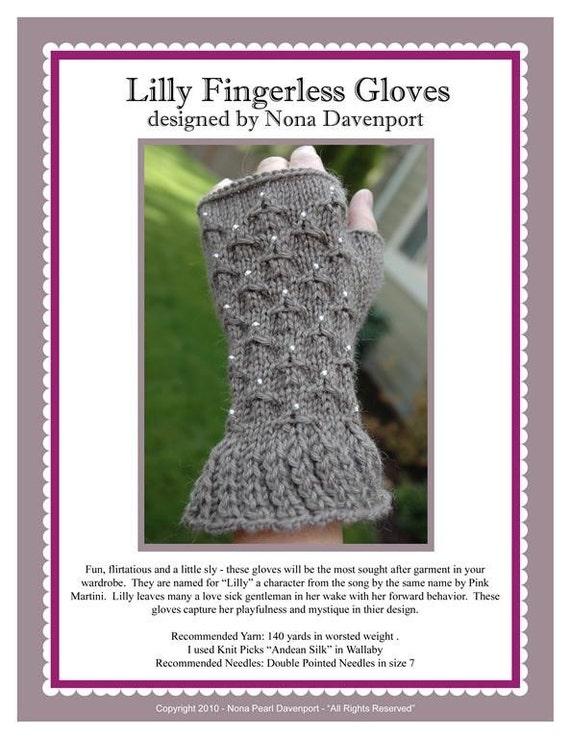 Lilly Fingerless Gloves Pattern PDF