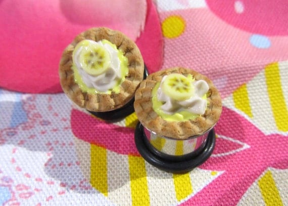 "1/2"" Pie Plugs - Banana Cream Pies"