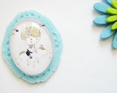 Illustrated cabochon brooch lucite -DREAM -