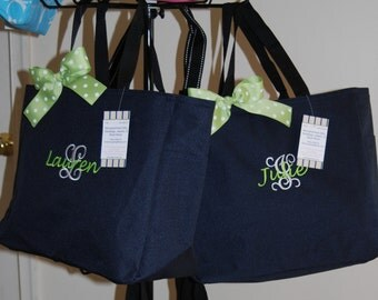 Personalized bag - Resort tote - Embroidered - Bridesmaid Gift