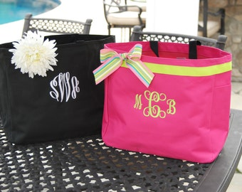 Bridesmaid Tote - Personalized Bag - Resort Tote - embroidered - monogrammed - bridesmaid gift