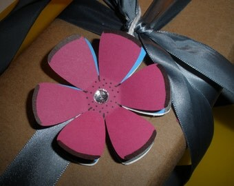 Amazing Hot Pink and Blue Flower with Rhinestone Gift Tags ( Set of 6 )