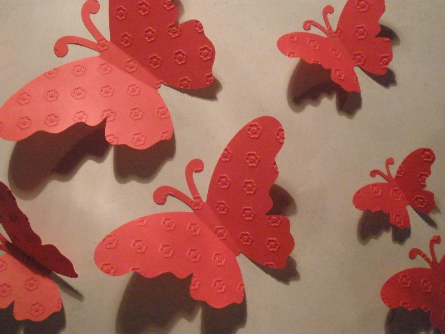 20 beautiful red butterflies embellished embossed w cute for Room decor embellishment art 3d