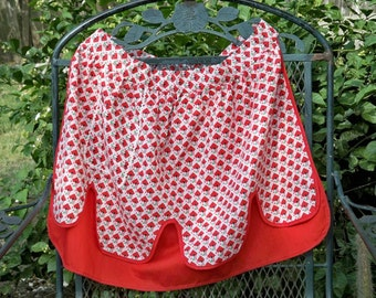 SALE! Vintage Ladies Red Print Reversible Kitchen Apron