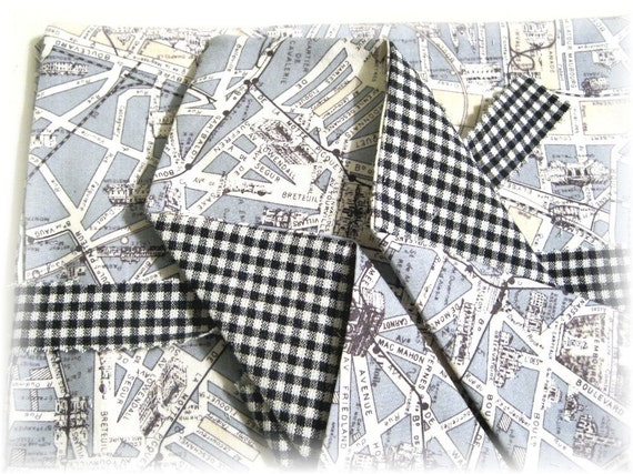 French Connection - Streets of Paris Cloth Napkins - N0046 (AC)