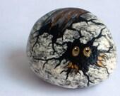 Gold Hatching Critter Egg Rock