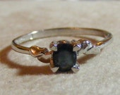 Sterling Silver Petite Oval Blue Sapphire Ring SZ 8.5