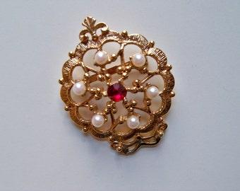 Vintage Gold Brooch/PEARLS and RED RHINESTONE Brooch