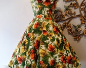 SOLD///60s Dress / Vintage Early 60s Hawaiian Floral Sundress with Lace Up Back by Casual Aire Size S