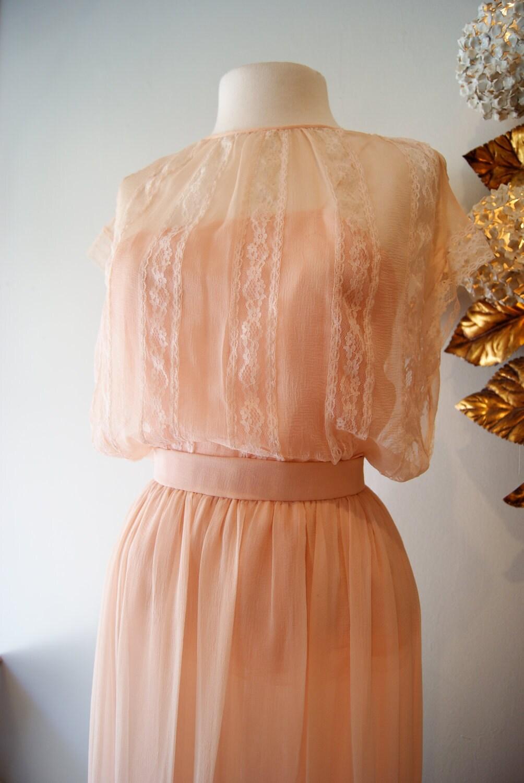 Vintage oscar de la renta couture silk chiffon wedding dress for Silk chiffon wedding dress