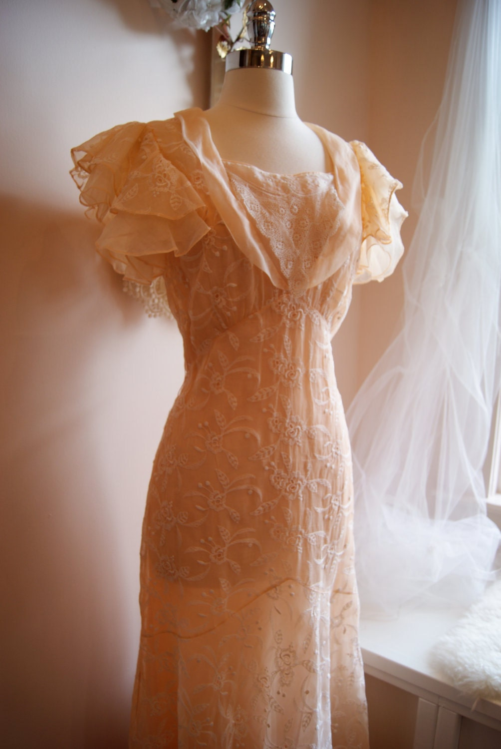 Wedding Dress 1930s Wedding Gown Vintage 1930s Peach Lace