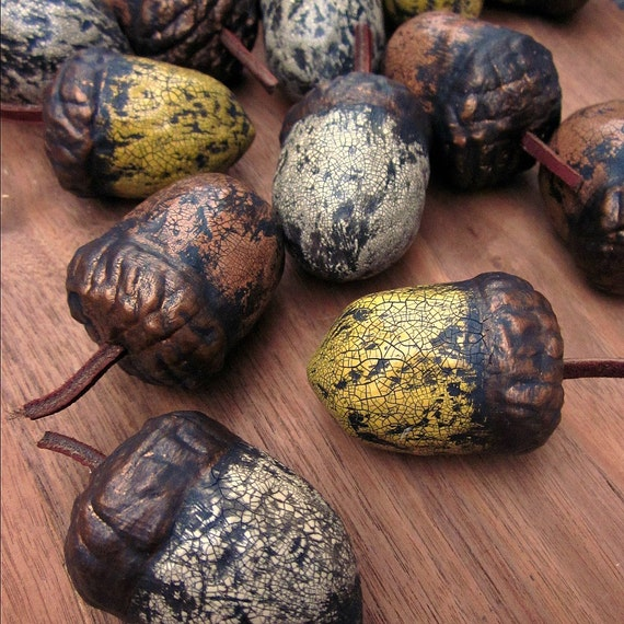 Paper mache acorns set of five handmade papier mache with for Finishing paper mache