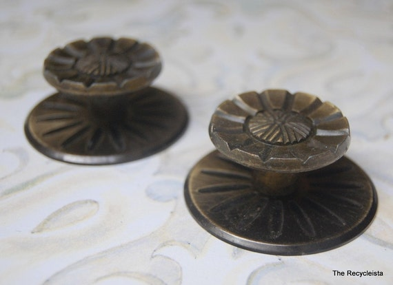 Reserved 4 vintage pulls knobs with backplates drawer dresser - Dresser drawer pulls with backplate ...