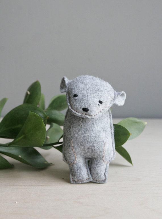 pocket bear / zilla / grey bear