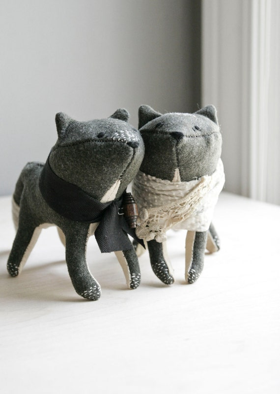 RESERVED / foxes in love / soft sculpture animals