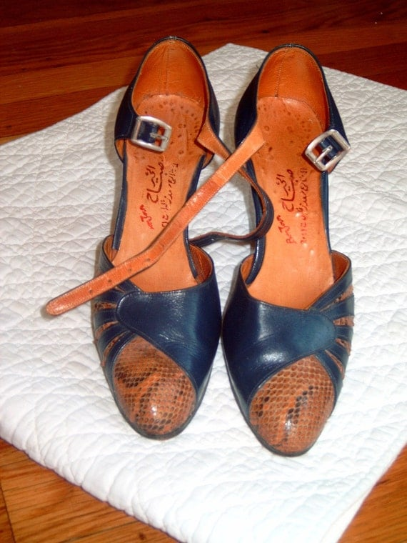 Vintage 1940's Leather and Snakeskin Ankle Strap High Heel Shoes Size 7