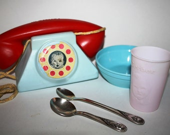 Vintage 5 GERBER Baby Food Lot,2 SP Spoons,play Phone,Bowl and cup,premiums ,mad men era, 50s 60s