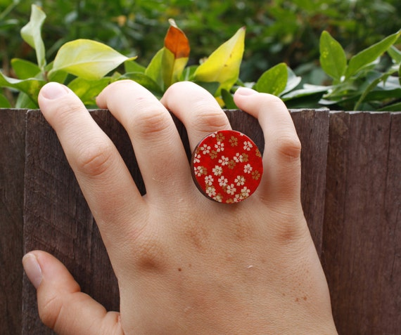 Red, White and Gold Wooden Japanese Floral Blossom Ring - silver adjustable