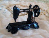 Sewing Machine Necklace - Seamtress Necklace, Dollhouse Miniatures - Singer Sewing