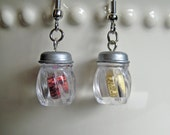 Food Jewelry - Cheese and Crushed Red Pepper Shaker Earrings -  Pizza Earrings