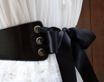 The Villianess......Black Leather Lace Up Belt