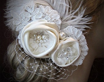 Wedding hair accessories, Bridal  wedding hair Piece, Feathers Birdcage Veil Ivory headpiece fascinator ,vintage wedding hair accessories