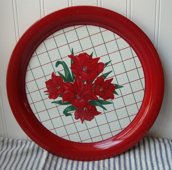 Vintage metal tray round red and white Day Lilies Farmhouse chic N1