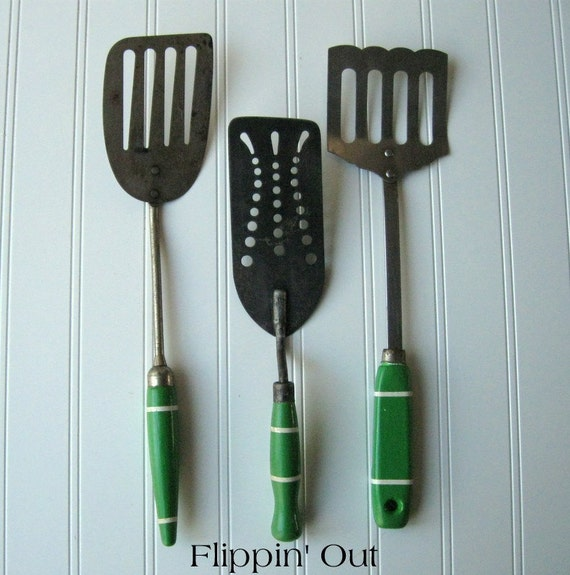 green kitchen gadgets vintage green handled kitchen utensils flippers spatulas 1412
