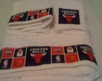 White Chicago Bulls Towel Set