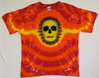 Tie Dye Shirt, Yellow Faced Skull Tshirt,  Size Large