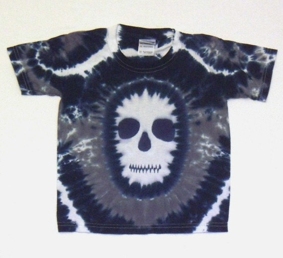 Ghostly Black and Midnight Blue Skull tshirt Youth Extra Small