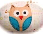 Merl the Earl - The Cute Factor - Retro Khaki and Blue owl felt friend hair clip